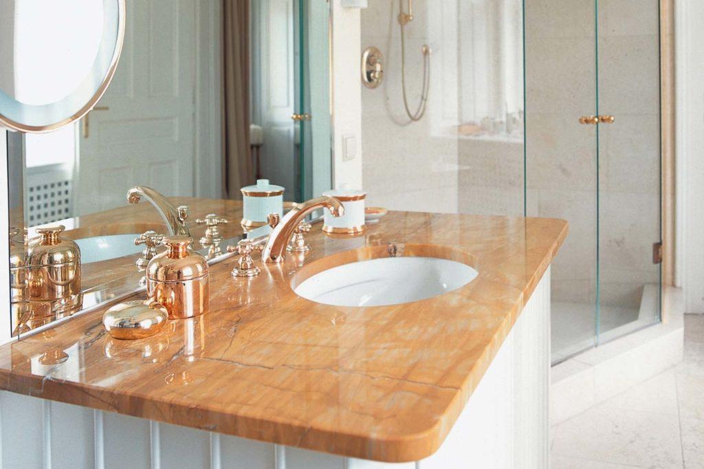 naturstein marmor tipps und tricks rund um marmor naturstein. Black Bedroom Furniture Sets. Home Design Ideas